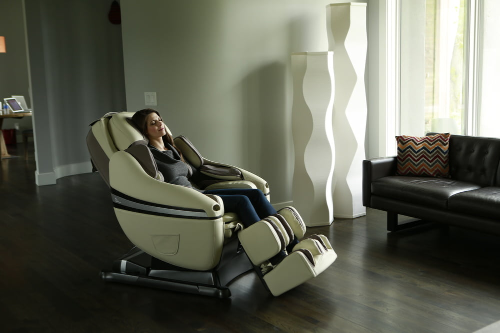dreamwave massage chair brand