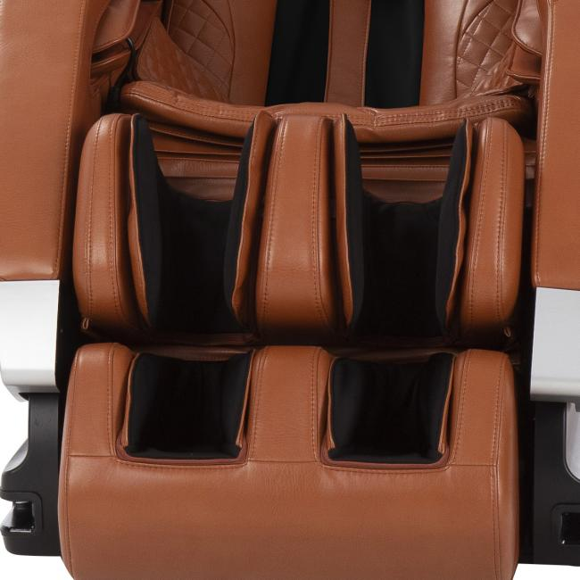 Problem with a new massage chair? Rule #1 - Don't freak out! - screaming man