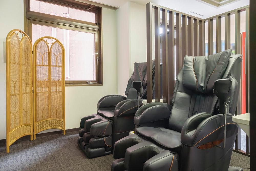 Massage chairs for Shiatsu